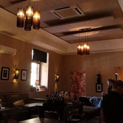 Correzione acustica ristorante