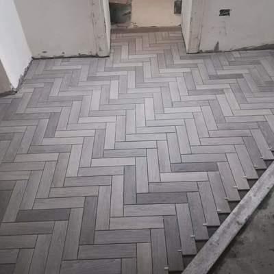 Posa pavimentazione effetto parquet