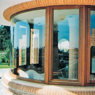 finestra a semicerchi vista esterna