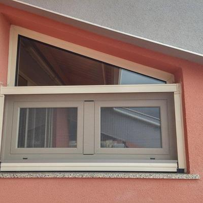 finestra ijn alluminio taglio termico con zanzariera esterna