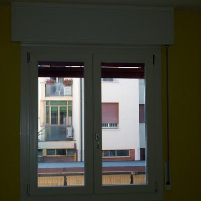 Finestra PVC camera sostituita senza opere murarie.