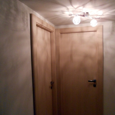 Fornitura e posa di porte interne