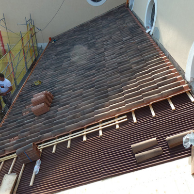 tetto in rifacimento