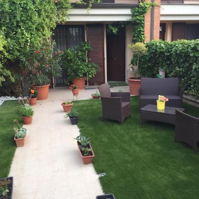 Realizzazione di un Giardino con Prato Sintetico