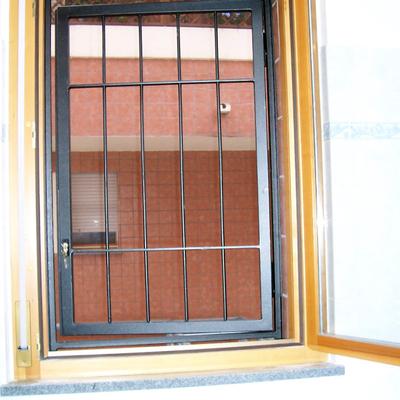 Griglia di sicurezza su misura per finestra