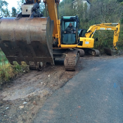Escavatore da 235 quintali x grandi sbancamenti