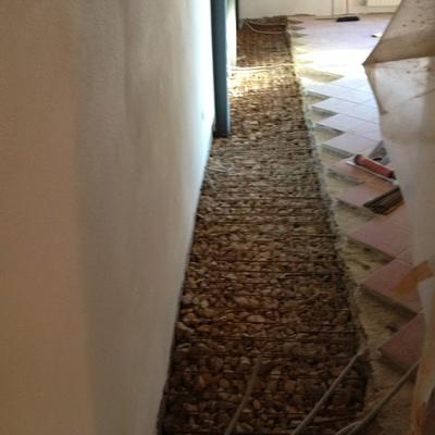 finitura di intonaco su muri rinforzati