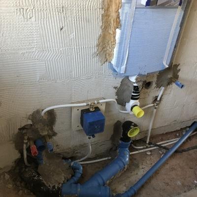 impianto idraulico con conattore acqua fredda e valvola arresto ad incasso