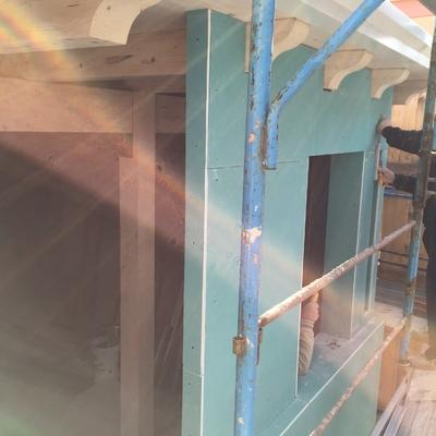 Realizzazione della facciata, mediante l'impiego di lastre a secco per esterni