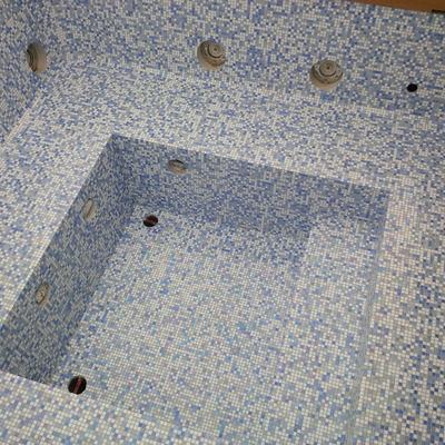 Minipiscina idromassaggio in mix di vetro Sicis 1x1