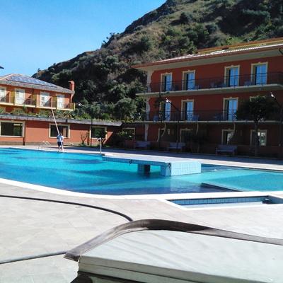 COSTRUZIONE PISCINA HOTEL DIAMOND NAXOS - GIARDINI NAXOS