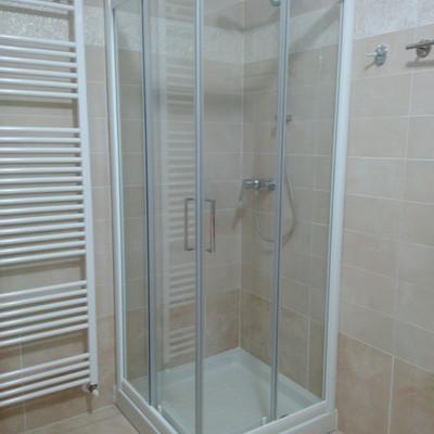 cabina doccia e trmoarredo