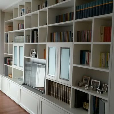 libreria a muro laccata bianco opaco