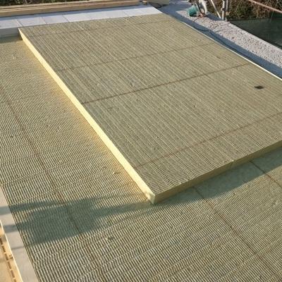 isolamento per tetti in legno