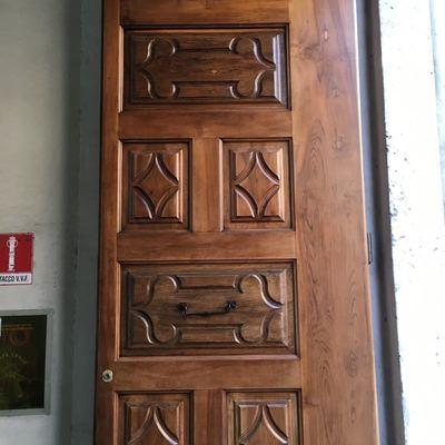 Restauro portone ingresso Università di Via Verdi ubicato a Torino