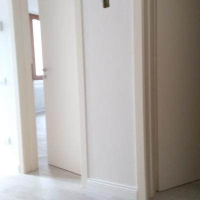 Installazione nuove porte interne. Terratetto privato