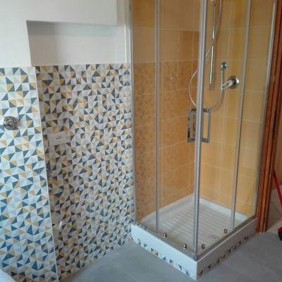 Maiolicatura doccia