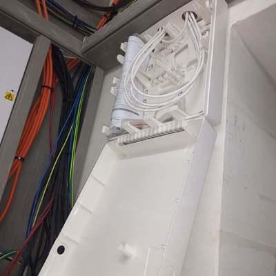 Installazione cover centrale anti-intrusione presso magazzino