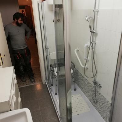 Trasformazione vasca in doccia - lavoro 3