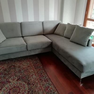 Un divano ad angolo