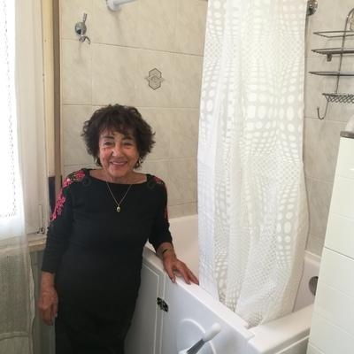 vasca su misura per anziani
