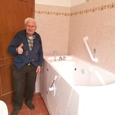 altro modello di vasca per anziani