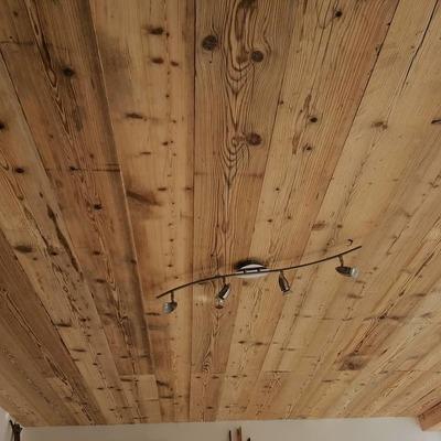 Soffitto con tavole da ponte