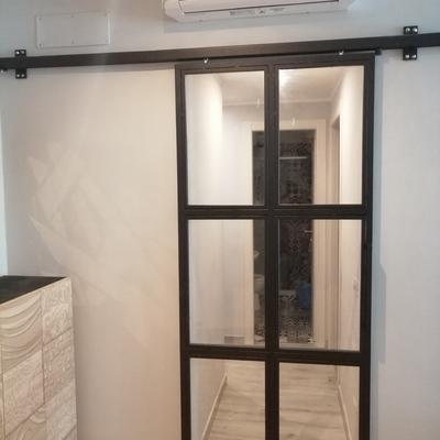 Porta a vetri in ferro per appartamento