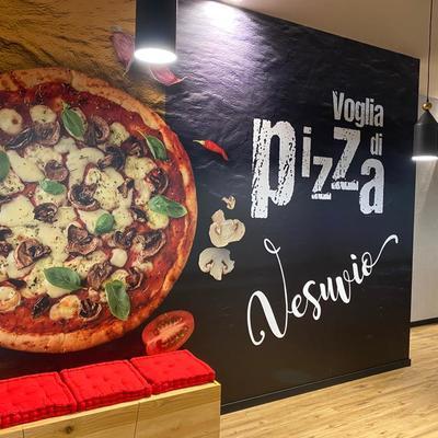 Ingresso pizzeria VESUVIO modena