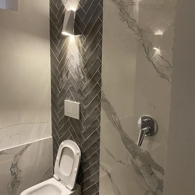 Particolari rivestimenti bagno/doccia