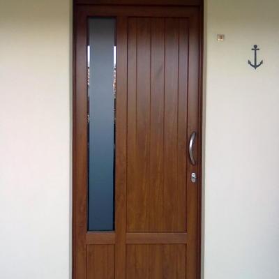 ingresso pvc con sopraluce