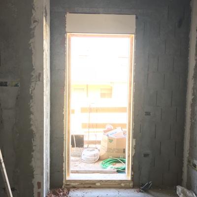 Controcassa infissi esterni termica con cassonetto inglobato nella muratura