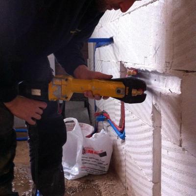 Realizzazione impianto idraulico bagno