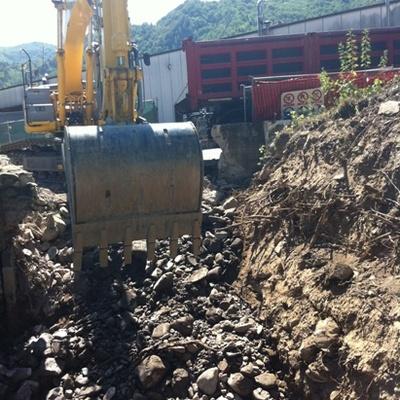 lavori di scavi ed carpenteria
