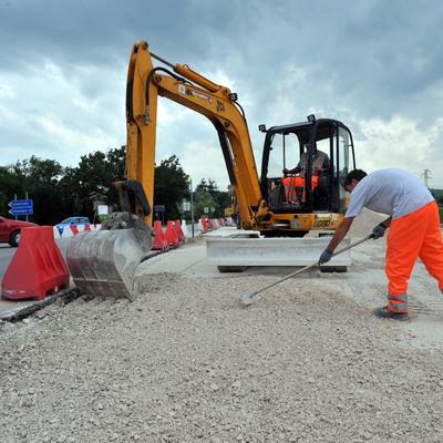 lavori stradali-realizzazione di rotatorie