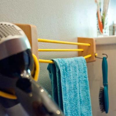Porta asciugamani in legno > Little Kimmo