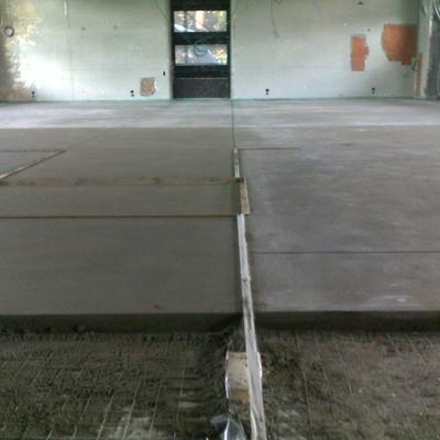 Massetto di finitura di sabbia e cemento tipo Topcem pronto