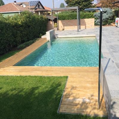 monolithic pool