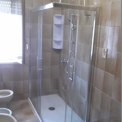 nuova doccia 140x7o
