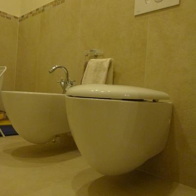 Sala da bagno effetto pietra