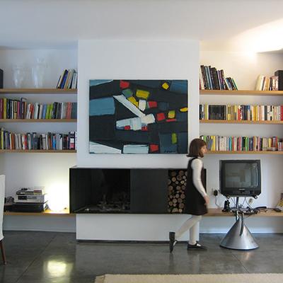 Ristrutturazione con ampliamento di villa su due piani
