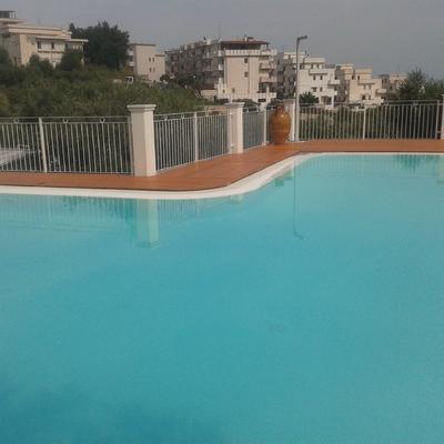Parquet esterno piscina