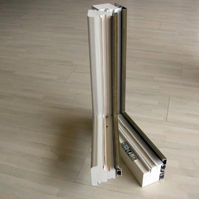 Particolare legno-aluminio