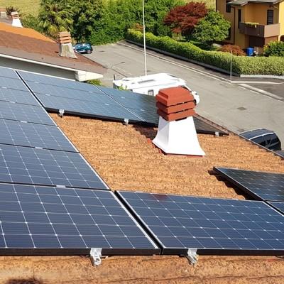 PAULLO (MI) 4,8 kWp tetto inclinato
