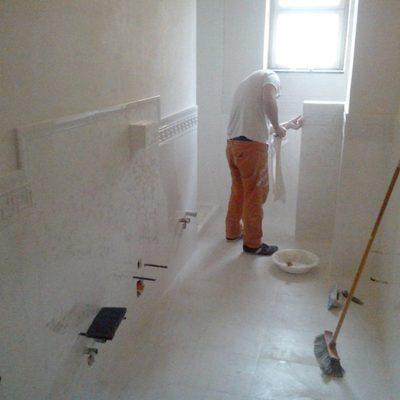 pavimento e rivestimento bagno