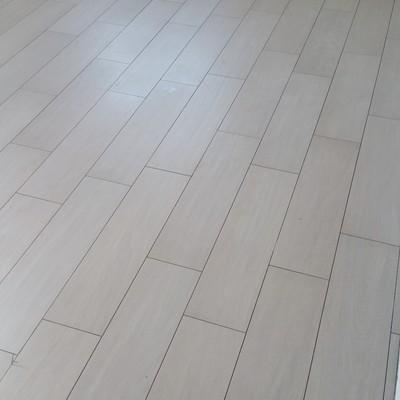 pavimento finto legno formato 20x80
