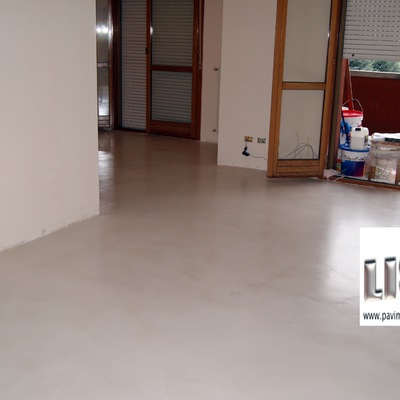 pavimento in resina spatolato