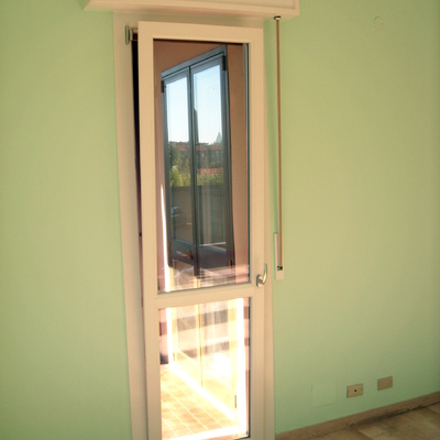 Idee e foto di infissi e carpenteria pvc a modena per - Porta balcone pvc prezzi ...
