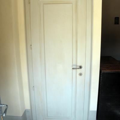 Porta in legno a pannello unico