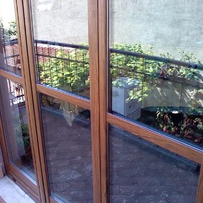 Porte in alluminio tinta legno